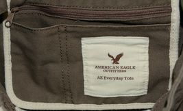 American Eagle Outfitters 7466 AE Everyday Tote Magnetic Closure Color Gray image 5