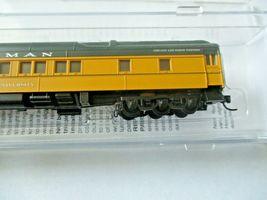 Micro-Trains # 14200430 Chicago & Northwestern 83' Heavyweight Sleeper Car (N) image 3