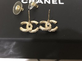 AUTHENTIC CHANEL GOLD RARE CC LOGO CRYSTAL STUD EARRINGS MINT image 11