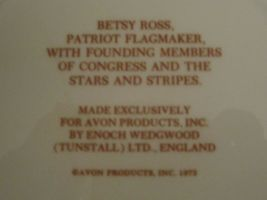 BETSY ROSS  Collector Plate AVON Stars and Stripes FLAG image 3