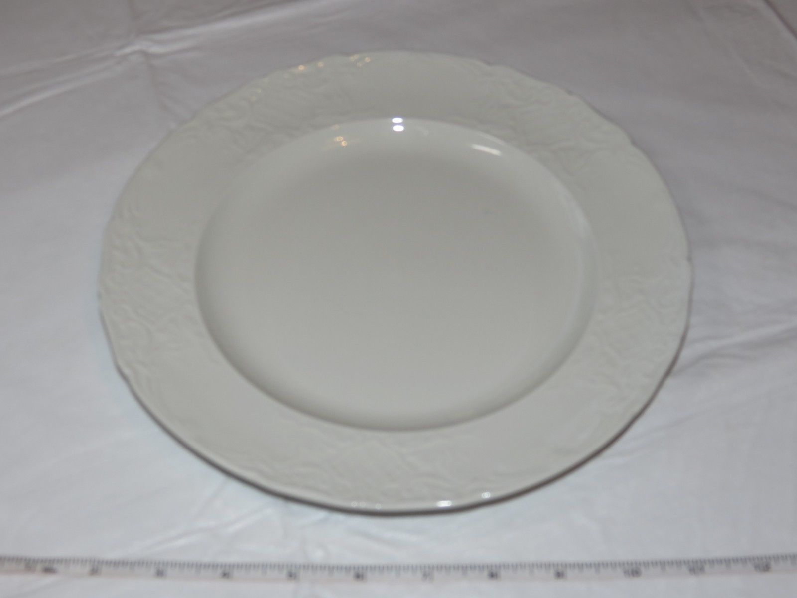 """Johnson Brothers Deauville  Dinner Plate 10/"""""""