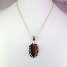 Tiger's Eye Stone Silver Plated Fashionable Pendant With Chain/Necklace RS-14-42 - $8.09