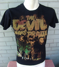 The Devil Wears Prada BAND Ladies T-Shirt Size Extra Small Zombies  - $12.07