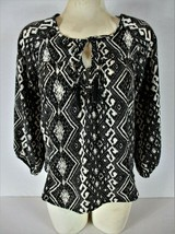 American Eagle Outfitters Womens Small 3/4 Sleeve Black White Keyhole Top E) - $14.96