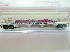 Atlas # 50005645 (Chrstmas Graffiti) ACF 580 Plastics Hopper #66122 N-Scale image 4