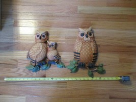 2 Homco owls owl plastic wall hangings dated 1975  - $14.99