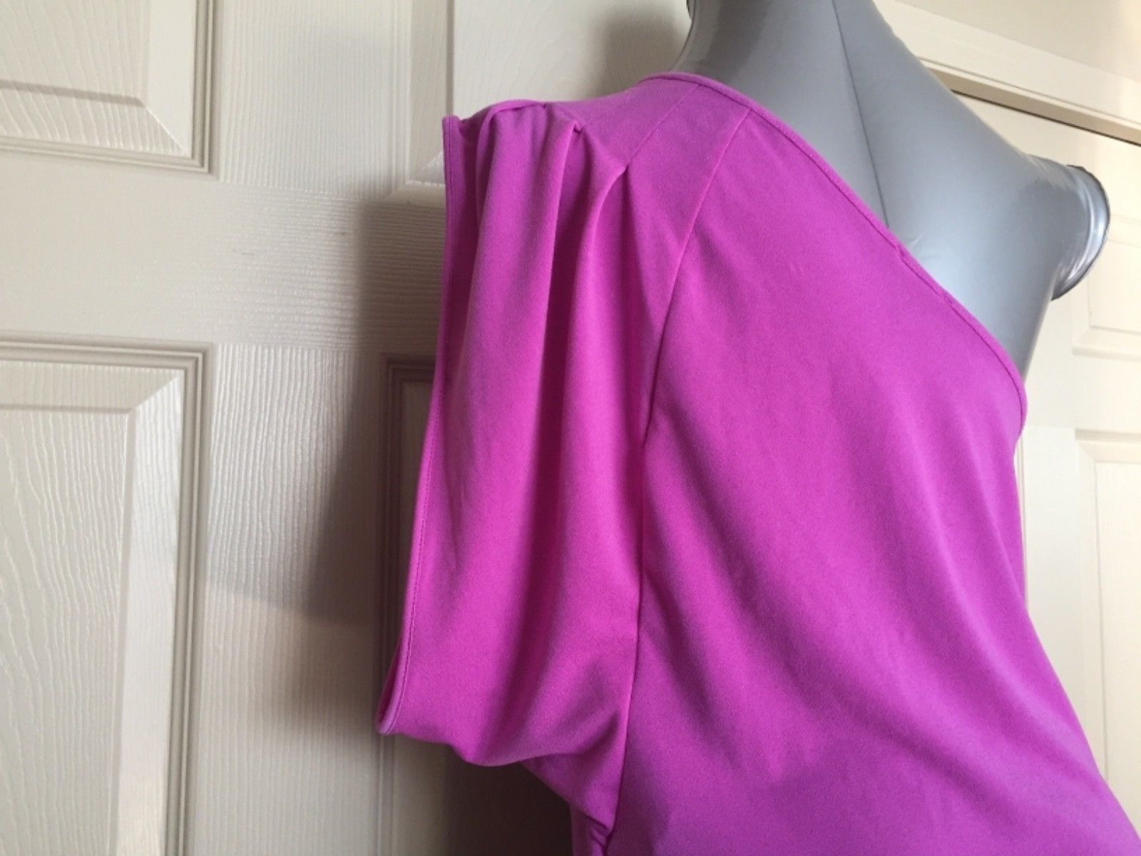 Express Women Top Blouse Size Large Pink One Shoulder One Sleeve Trendy New image 4