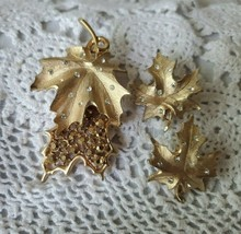 Sarah Coventry Designer Signed Leaf Rhinestone Earrings Pin Brooch Matching Set - $21.33