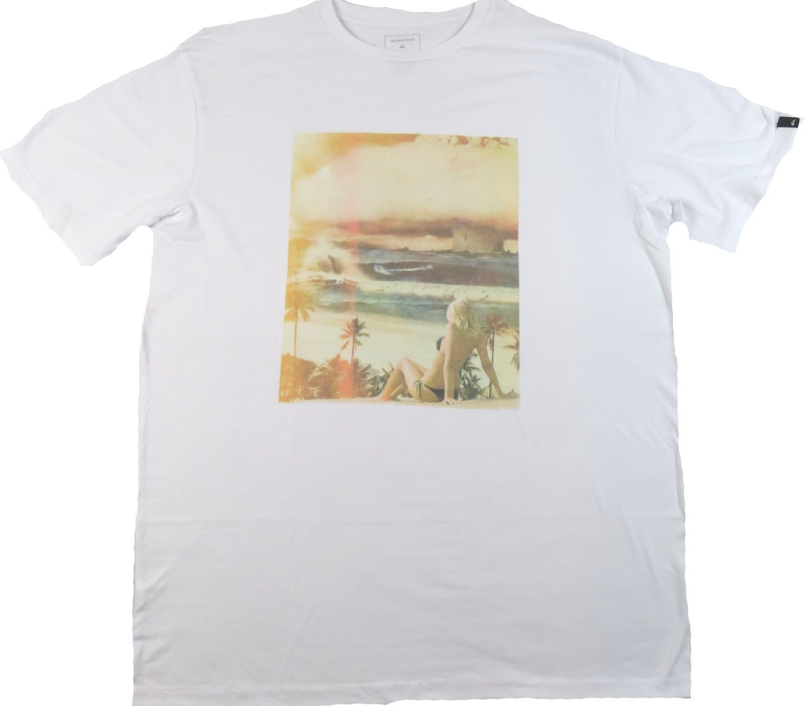 XL Quiksilver Men's Tee Shirt Surfing Beach Casual White Photograph T-Shirt