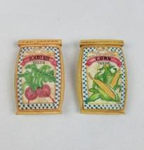 Vintage Resina Ravanello Mais Seme Borsa Frigorifero Magneti Set di Due - $16.33