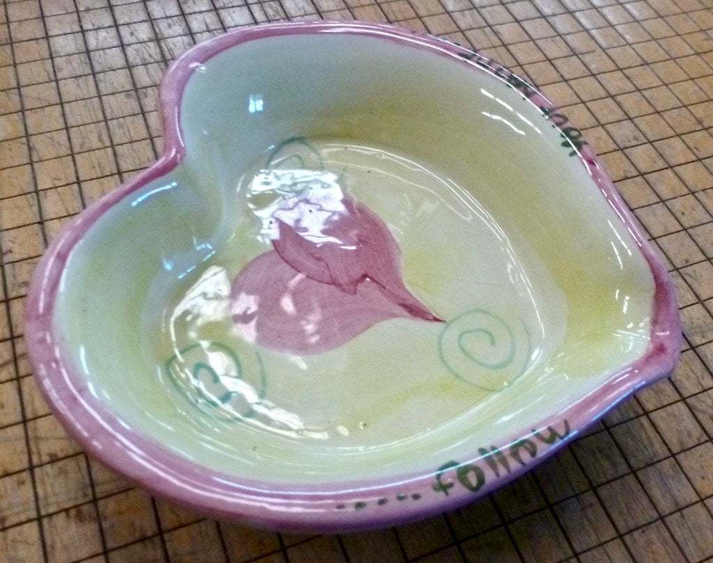 Primary image for Valentine Handcrafted Heart Shape Colored Bowl Bath & Body Works Portugal