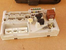 01-04 Lexus LS430 Rear Trunk Fusebox Relay Junction Box 82670-50072 image 7