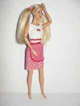 Fun Treats Barbie Baking Cooking doll & Strawberry outfit Clothes 2001 - $5.99