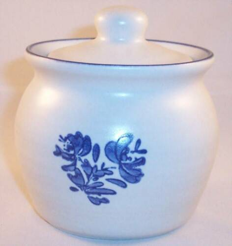 Primary image for Mint Pfaltzgraff Yorktowne Jam Jelly Honey Pot Bowl with Lid