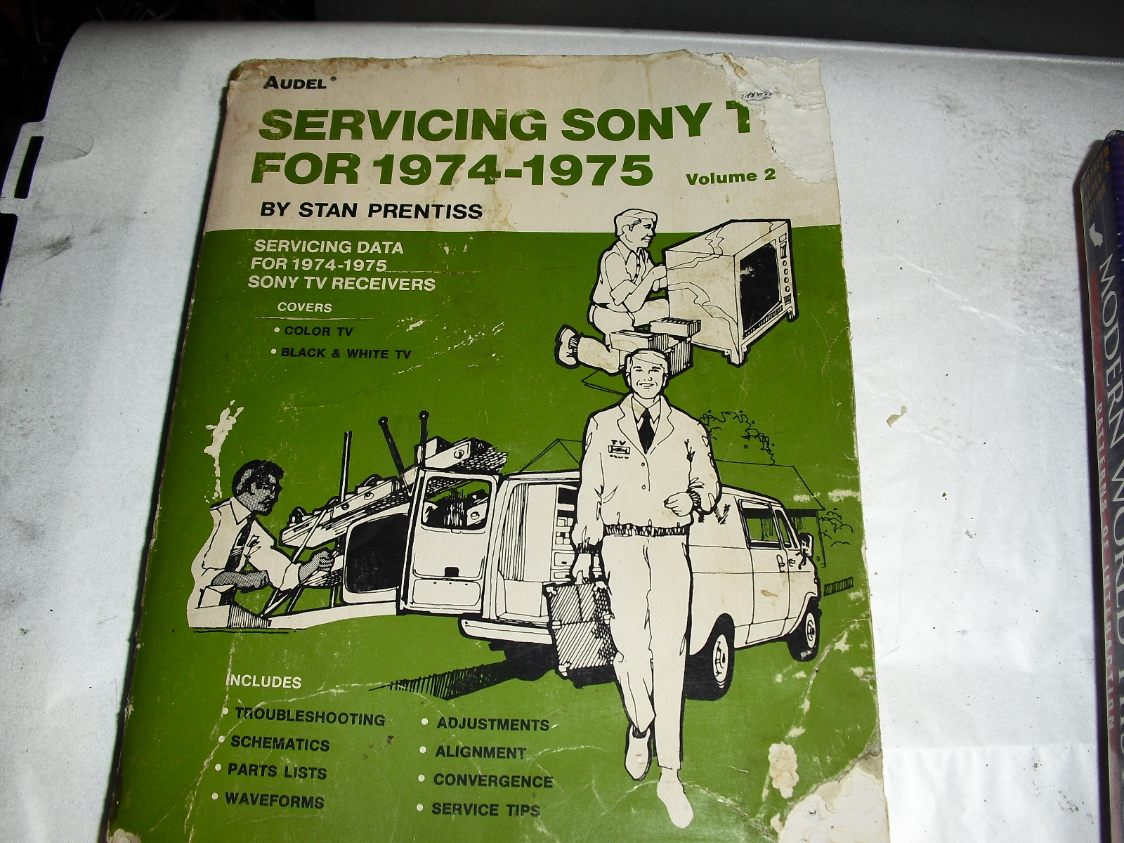 servicing  sony tv  for  1974-1975