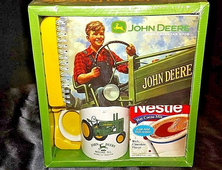 Primary image for John Deere Mug Gift Package & Vintage 2009 Calendar w/ Nestle Cocoa AA18-JD0019