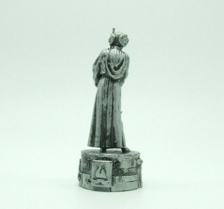 Star Wars Saga Edition Silver Princess Leia Bishop Chess Replacement Game Piece image 5
