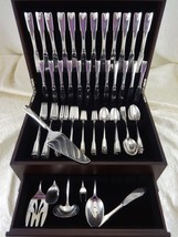 Colonial Theme by Lunt Sterling Silver Flatware Set Service 92 Pieces - $4,702.50