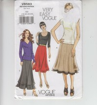 Vogue Misses Skirts Pull-on Paneled Sewing Pattern Uncut 18-24 - $12.86