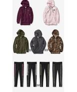 Victoria's Secret Pink Sherpa Felpa con Cappuccio + Fodera Pile Legging - $146.94