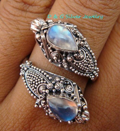 Silver 925 & Peridot Double Headed Snake Ring RI-100-DG