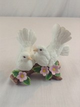 Homco Home Interiors 2 Courtship White Doves #1453 Porcelain Bird Figurines - $14.01
