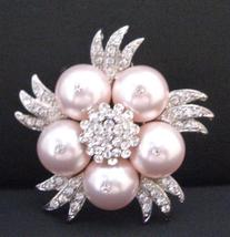 Lustrous Sleek Swarovski Rose Pearls Brooch Accessories - $19.88