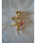 Avon Gold-tone Rose Pin ~ brooch ~ Pink Stone - $4.00