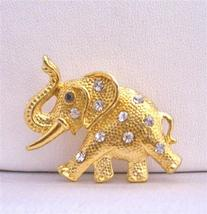 Pretty Gift Gold Elephant Vintage Jewelry Trunk Brooch - $10.15