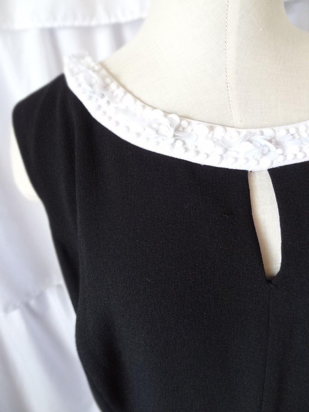 Sangria Black /& Gray Geometric Cap Sleeve Sheath Dress Sz 4,6,8,16 NWT