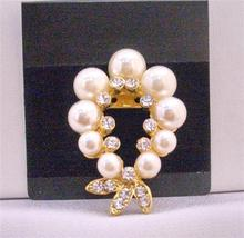 Elegant Garland Cubic Zircon Gold Brooch Ivory Pearls Jewelry - $10.13