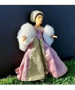 Peggy Nisbet Doll Anne Boleyn 1507-1536 - $9.50