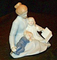 A Mother's Touch Figurine AA-191982  Vintage image 3
