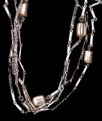 "Primary image for 1960s Sarah Coventry 'Flirty Fashion' 28"" Necklace"