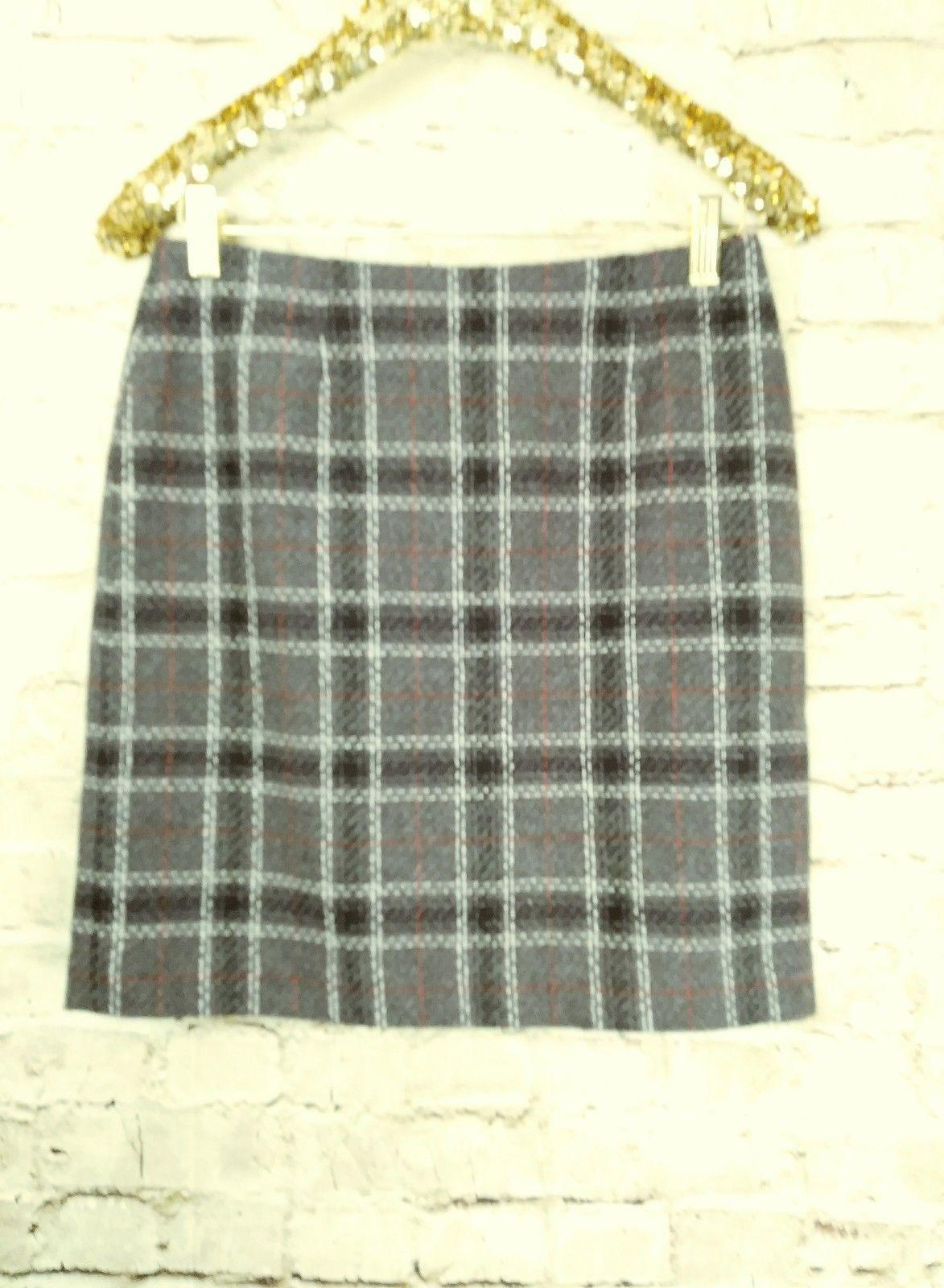 "women's Petite Sophisticate gray/white/red plaid skirt waist 30"""