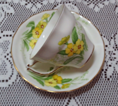 Vintage Norcrest Fine Bone China England Yellow Flowers Tea Cup W/Saucer - $11.50