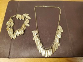 VINTAGE NAPIER LEAF STATEMENT NECKLACE AND BRACELET - $49.95