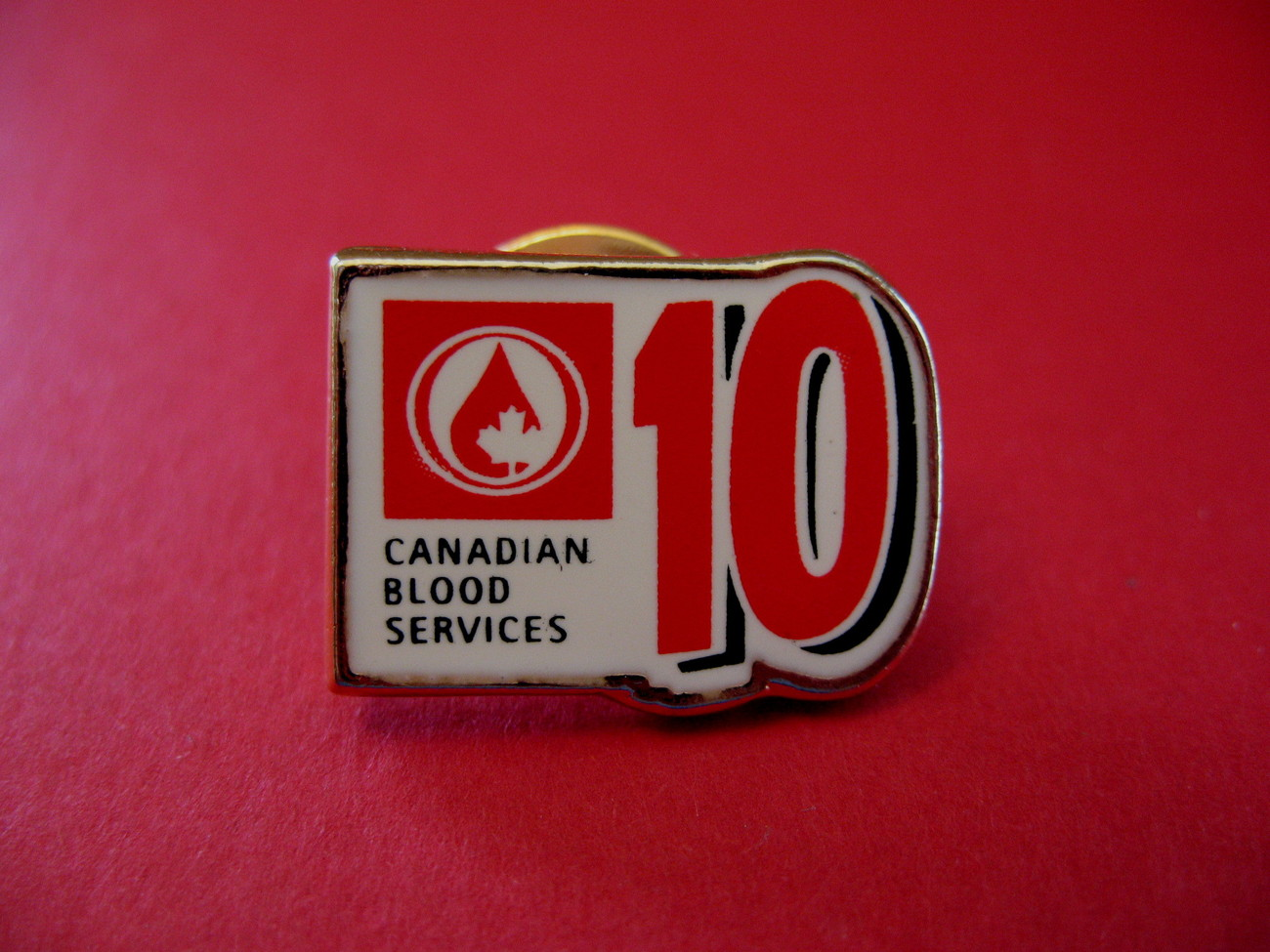 Primary image for Canadian Blood Services Lapel Pin Hat Pin Collector Souvenir 10 X Donor Vintage