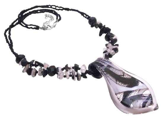 Leaf Murano Glass Pendnt w/ Black White Nuggets Beaded Necklace