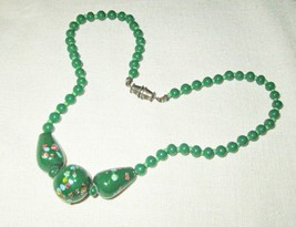 Vintage Green Glass Bead Choker Necklace 11 inches Long Small Neck - $8.95