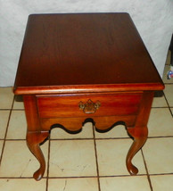Thomasville Oak End Table / Side Table - $299.00