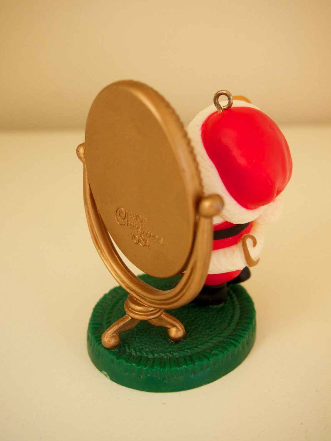 Melvin P. Merrymouse Avon 1982 Keepsake Ornament Santa Mirror Mouse