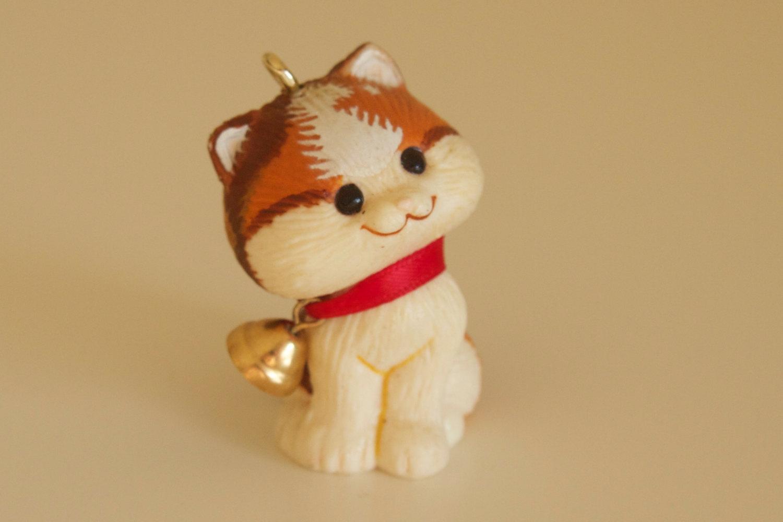 "Hallmark Keepsake Ornament Christmas Kitten Cat 1982 Bell 1.5"""