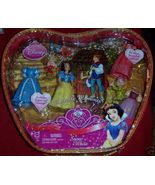 Snow White Polly Pocket Doll Dopey Grumpy NEW 4 Outfits 4 Pairs of Shoes  - $18.00