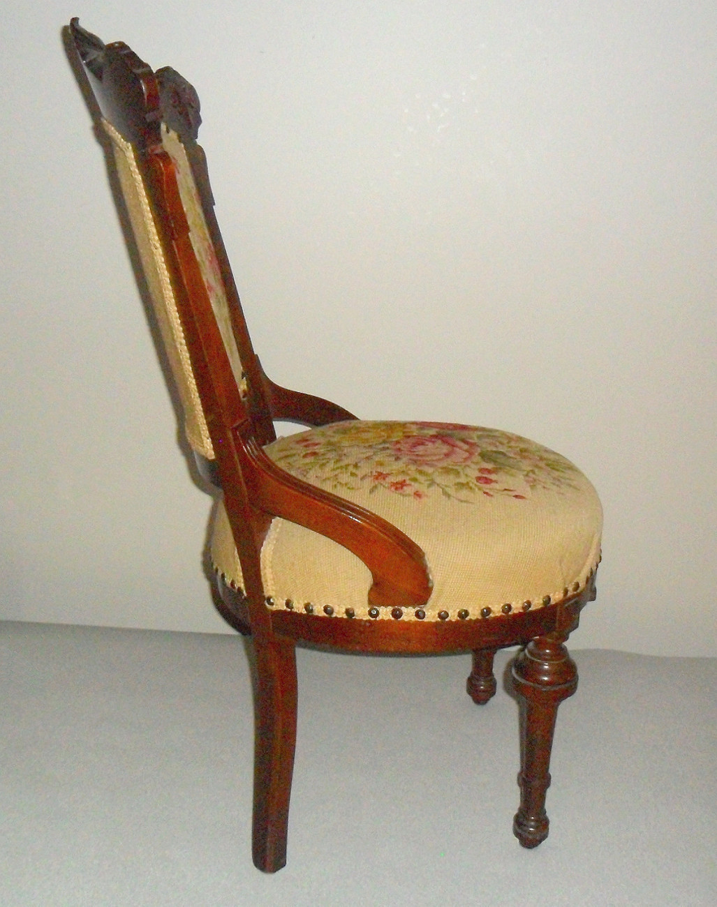 Antique Victorian Needlepoint Parlor Chair Unknown