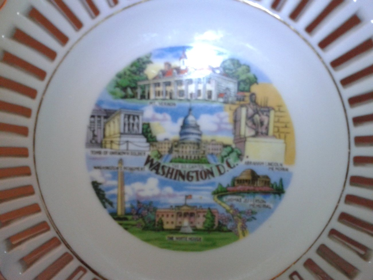 Post-War Souvenir Washington D.C.China Porcelain Plate w/Gold Trim
