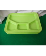 Picnic Food Plates Set of 4 Green Heavy Duty Plastic Trays with Sections - $19.55
