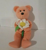Ty beanie baby Dearly peachy bear holding white flower that says Mom 2004  - $5.90