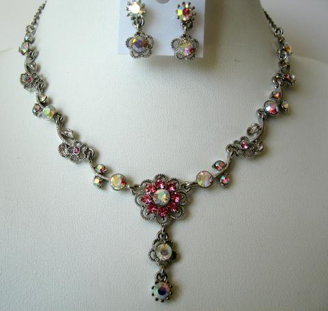 Primary image for Sparkling Beautiful Rose Pink Crystals Silver Plated Necklace Earrings