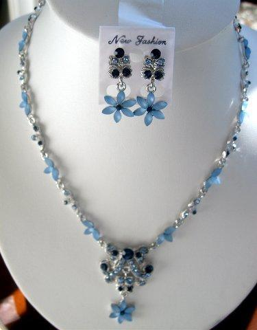 Primary image for Vintage Style Necklace Set Adorned w/ Brilliant Simulated Crystals